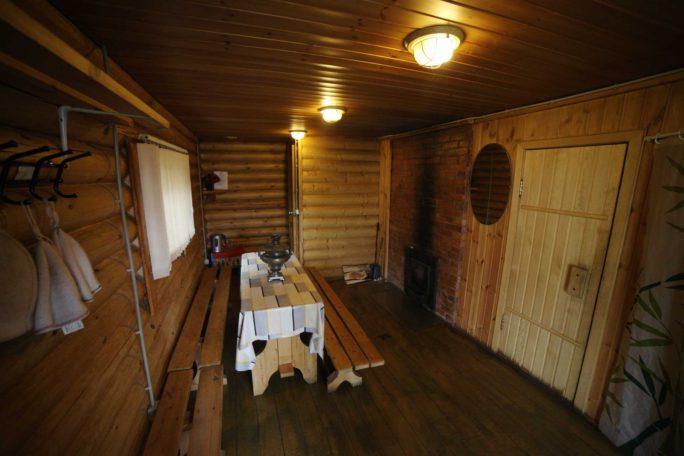 Комната отдыха в русской бане. База отдыха Розовая дача